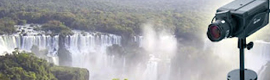 A camera AirLive POE-5010HD offers high-definition images of Iguazu Falls