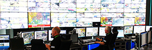 The operations center of Glasgow controls the private security, traffic and emergency services of the city