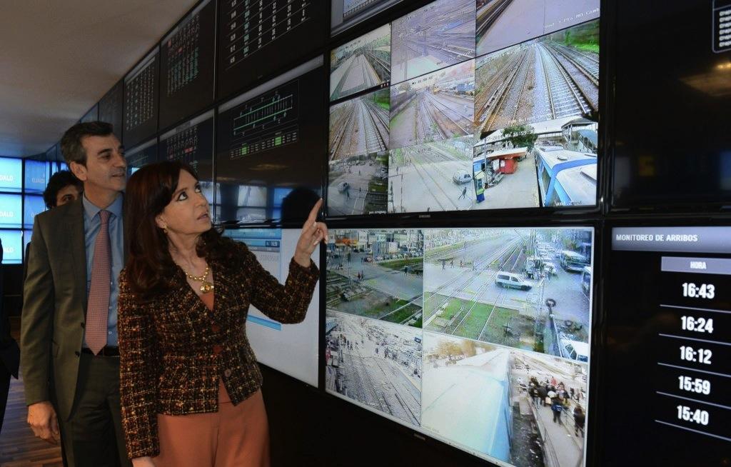Hikvision Protege Con Sus Sistemas De Videovigilancia Y