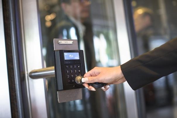 Panasonic Access Control Combines An Intrusion Alarm