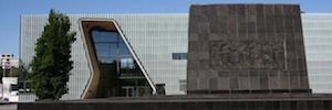 Un sistema de seguridad integral protege el legado histórico en el Museo Polin de los Judíos Polacos