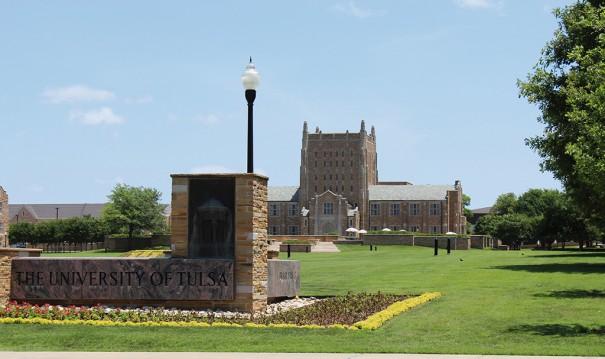 Axis Universidad Tulsa
