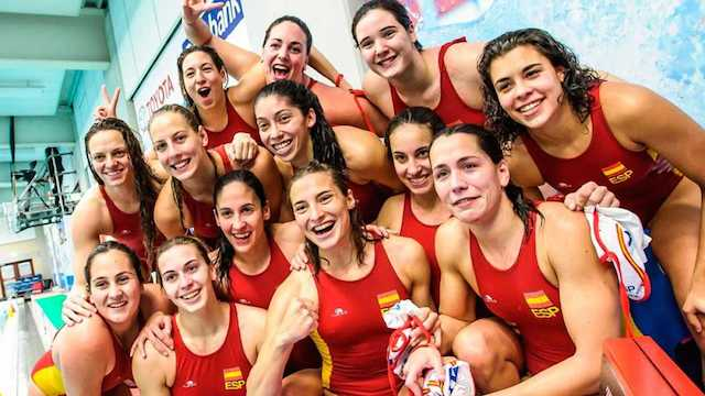 The Preol 237 Mpicos Water Polo Women Were Viewed Live With Ip