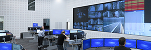 Norway monitors its road traffic from a large video wall of eyevis