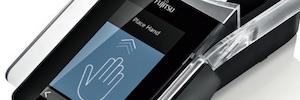 Fujitsu PalmSecure PSN900: sistema biométrico de acceso vía lectura de las venas de la palma de la mano