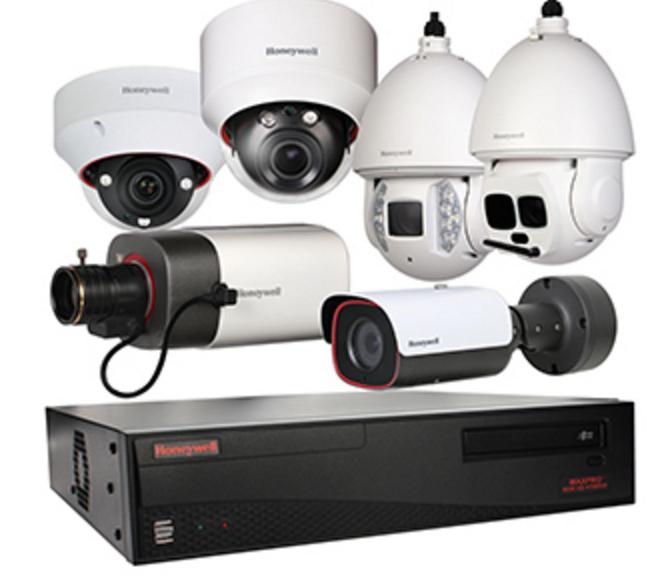 Honeywell, Caméra de sécurité Wifi C1, grand angle de 135°, avec vision HD et nocturne