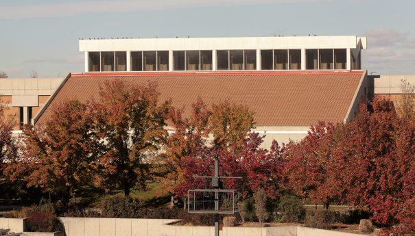 Milestone y Axis en universidades de Utah