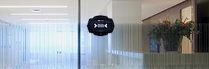 El sistema biométrico EyeLock nano TXT se integra con el software de gestión de seguridad C-Cure 9000