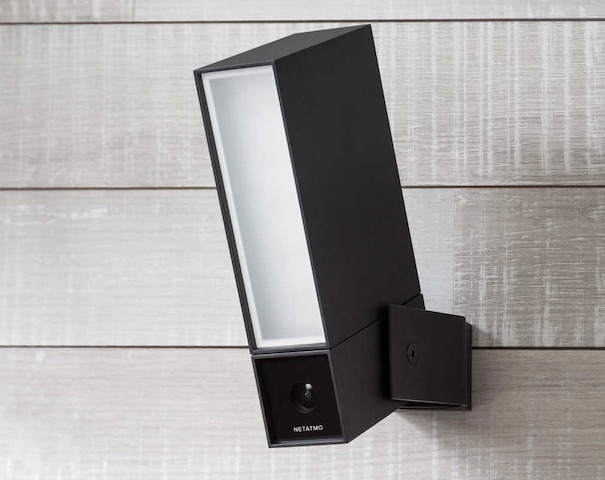 netatmo presence surveillance outside of 4 mp with light. Black Bedroom Furniture Sets. Home Design Ideas