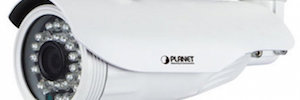 Planet Technology develops two new Full HD cameras for outdoor public environments