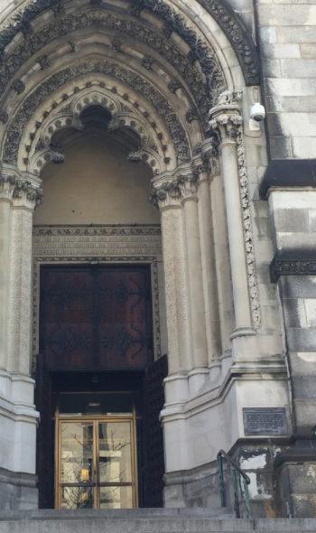 Vicon en catedral San Juan el Divino en Manhattan