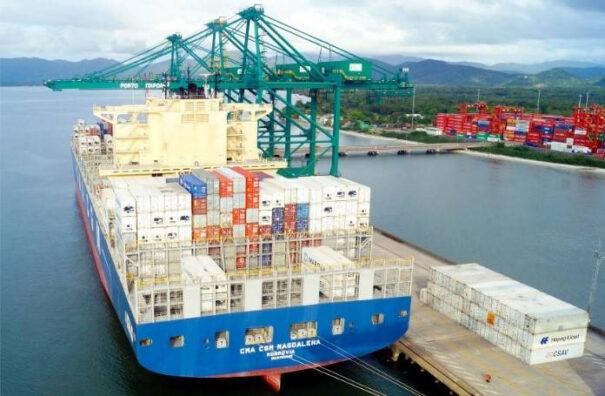 Scati en puerto maritimo de Brasil
